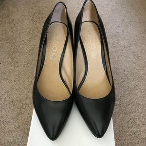 Aldo Black leather heels 6.5